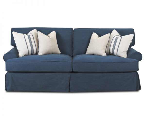 Lahoya Sofa and Loveseat D28100-0
