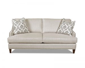 Duchess Nailhead Sofa D40600-0